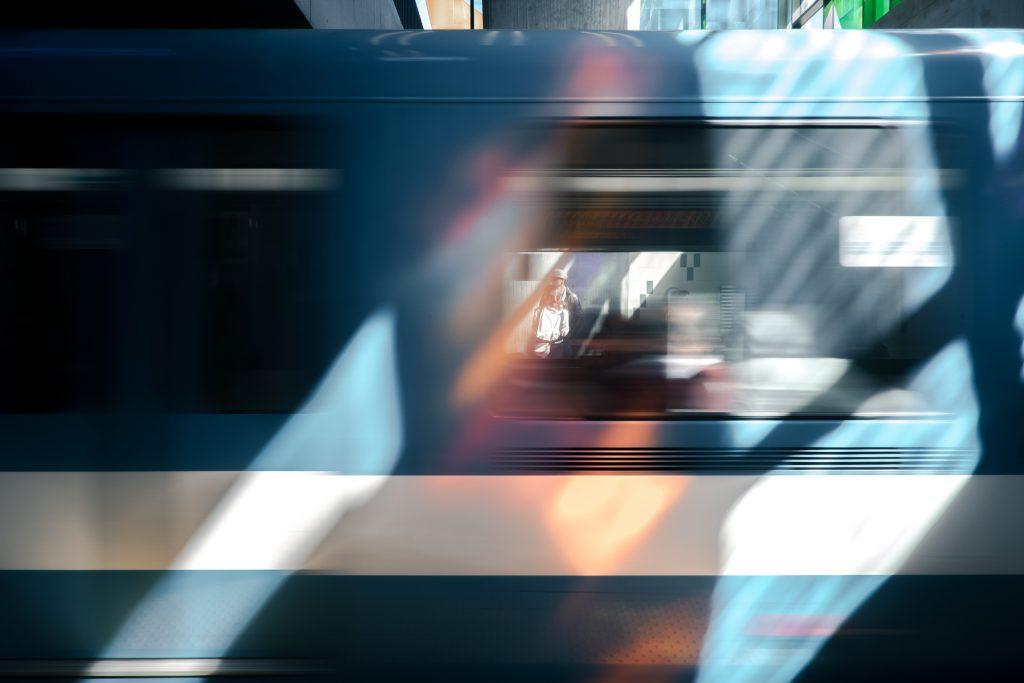 perspective-blurred-verne-ho