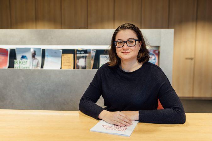 DRIFT medewerker Niki Frantzeskaki