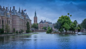 DRIFT Het Stimuleren van Duurzaamheid in de Stad. Een Onderzoeksadvies aan de Gemeente Den Haag