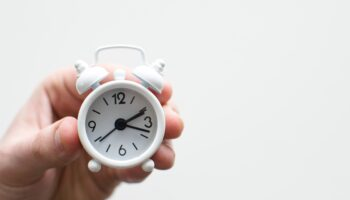 DRIFT The paradox of time in transitions