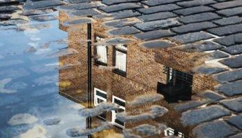 DRIFT Zorgen om een woning: onderzoek naar wooninitiatieven voor jongeren die dak- of thuisloos zijn